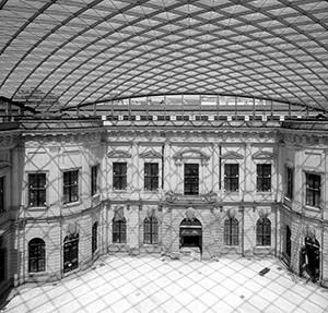 Ueberdachung_dt_Historische_Museum