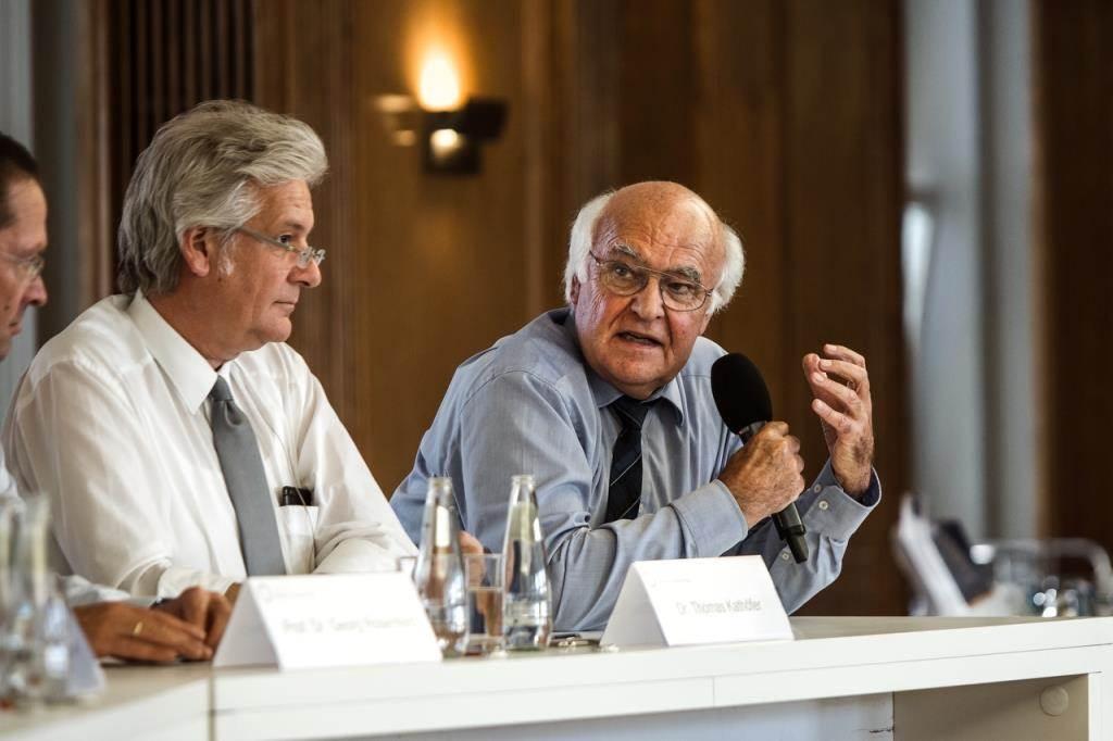 Von links: Prof. Dr. Georg Rosenfeld, Dr. Thomas Kathöfer und Dr. Martin Herrenknecht